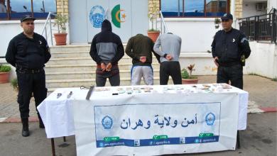 Photo of توقيف عصابة مسلحة تورطت في السطو على محل بحي بلونجي بوهران