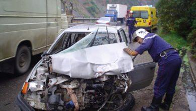 Photo of قتيل وثلاث جرحى إثر اصطدام سيارة بمحل تجاري بمعسكر