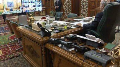 Photo of الرئيس  عبد المجيد تبون يترأس اجتماع مجلس الوزراء بتقنية التحاضر المرئي عن بعد.