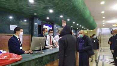 Photo of وصول أول فوج من الجزائريين المرحلين من تركيا إلى فندق مازافران
