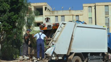 Photo of عمال النظافة التابعين للشبكة الاجتماعية غاضبون من إستثناءهم من منحة 5 آلاف دج