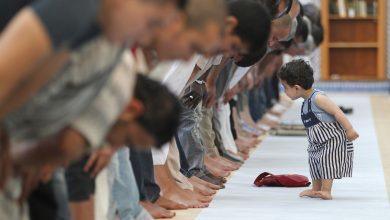 Photo of هيئة كبار العلماء بالسعودية توصي المسلمين بالصلاة في منازلهم خلال رمضان