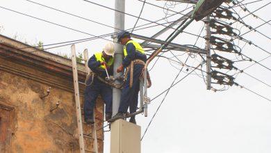 Photo of قطع الكهرباء عن منطقة عين ميمون بسبب الحرائق