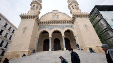 Photo of التسابيح بُثت عبر مئذنات المساجد من شروق الشمس ووقفت إيذانا بدخول وقت صلاة العيد