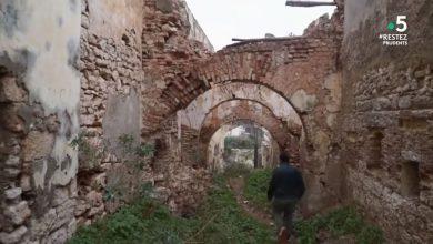 """Photo of تم تصوير عدد من المشاهد داخل القلعة الأثرية بوهران…  """"القصبة"""" تورط """"بوخاتم"""" في مهزلة """"فرانس 5 """""""