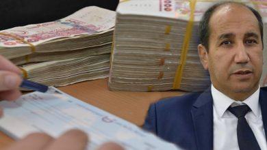 Photo of الخبير الاقتصادي تيغرسي: «القدرة الشرائية انخفضت بـ50 بالمئة في 10 سنوات في الجزائر»