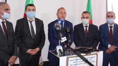 Photo of كمال ناصري: «البليدة ستكون أول الولايات في بداية توزيع السكنات بعد انجلاء كورونا»