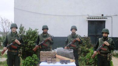 Photo of الجيش يضبط 40 كيلوغرام من المخدرات بتلمسان ويحبط عملية تهريب مواد التنظيف بتمنراست