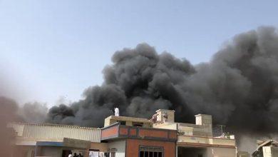 Photo of تحطم طائرة ركاب باكستانية في منطقة مأهولة قرب مطار كراتشي