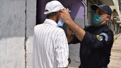 Photo of الأمن الوطني يوزع 50 ألف كمامة وقائية على المواطنين بمناسبة عيد الفطر