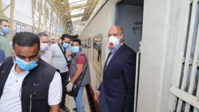 Photo of مصر تعيد تشغيل حركة قطارات السكك الحديدية والمترو