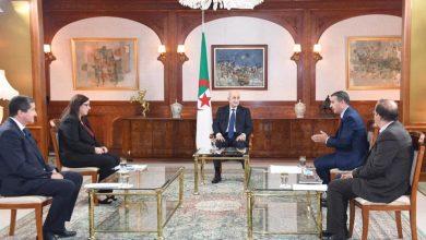 Photo of رئيس الجمهورية يجري مقابلة صحفية مع مسؤولي بعض وسائل الإعلام الوطنية