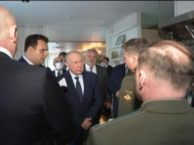 Photo of اللواء شنقريحة يستقبل من طرف نائب وزير الدفاع الروسي