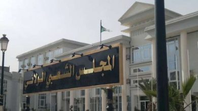 Photo of كوفيد 19: غلق مقر المجلس الشعبي لولاية الجزائر بعد وفاة احد اعضائه