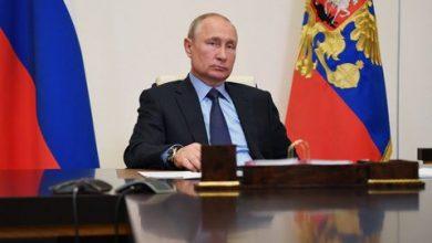 Photo of بوتين يعلن عن تسجيل أول لقاح ضد فيروس كورونا في العالم