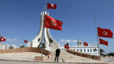 Photo of بعد عودة تفشي كورونا .. تونس تفرض حظر التجول في بلدتين بالجنوب
