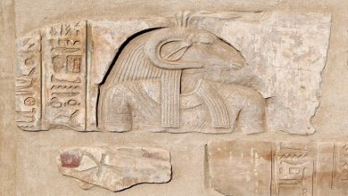 """Photo of """"معاريف"""" تكشف عن سرقة إسرائيل آثارا مصرية في سيناء"""