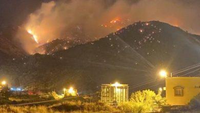Photo of إندلاع حريق ضخم بجبل عمد في مكة المكرمة