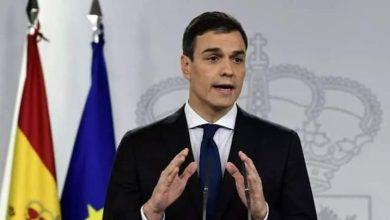 Photo of رئيس الحكومة الإسبانية يصل إلى الجزائر