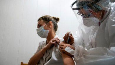 Photo of البدء بعمليات التطعيم الشاملة ضد فيروس كورونا بروسيا