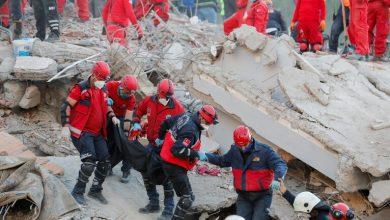 Photo of ارتفاع عدد ضحايا زلزال إزمير التركية إلى 81 قتيلا وعمليات البحث مستمرة