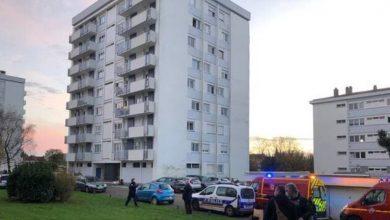 Photo of فرنسا.. مقتل شخصين وإصابة ثالث بجروح خطيرة بعد تعرضهم لهجوم في شوليه