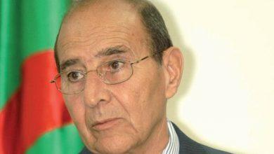 Photo of وزير الداخلية الأسبق نور الدين زرهوني في ذمة الله