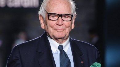 Photo of وفاة مصمم الأزياء الفرنسي الشهير بيار كاردان