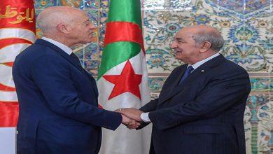 Photo of بعد أنباء محاولة تسميم .. الرئيس تبون يتصل لنظيره التونسي