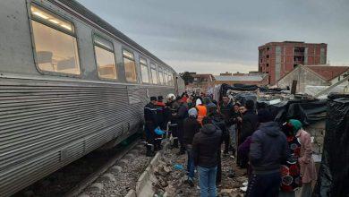 Photo of وفاة شخص إثر اصطدام سيارة بقطار في الشلف