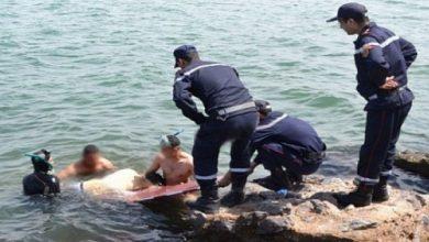 Photo of فيما يبقى البحث جاريا على ثلاثة آخرين من الشلف… البحر يلفظ جثثا متحللة في مستغانم