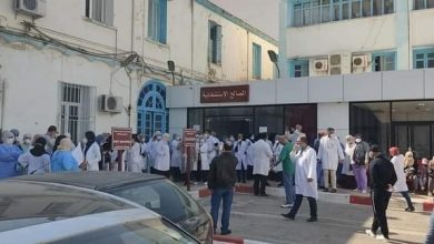 Photo of رغم وعد الوزارة بصب الشطر الرابع قبل نهاية أفريل … الأطباء و الممرضون يشنون إضرابا عن العمل