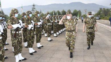 Photo of الفريق السعيد شنڨريحة، رئيس أركان الجيش الوطني الشعبي…في زيارة إلى الناحية العسكرية الأولى بالبليدة