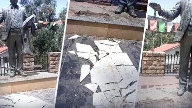 "Photo of تيزي وزو ..تمثال ""ايت احمد"" بوسط مدينة اث واسيف يتعرض الى التخريب من طرف مجهولين"