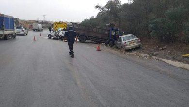 Photo of البويرة: وفاة شخص وإصابة 5 آخرين في حادث مرور