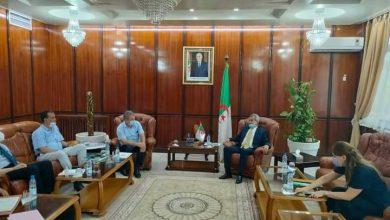 Photo of وزير الصحة يستقبل الشركاء الاجتماعيين