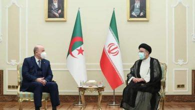 Photo of أيمن عبد الرحمان يشارك في أداء اليمين الدستورية للرئيس الإيراني الجديد