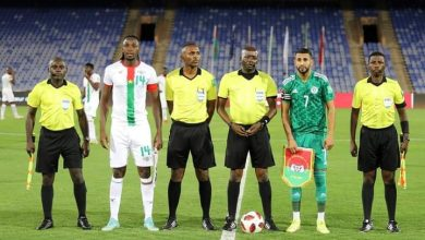 "Photo of ""الفاف"" تقدم شكوى ضد حكم مباراة الجزائر ـ بوركينافاسو"