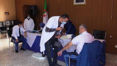 Photo of أمن ولاية وهران يطلق المرحلة الثالثة للحملــة الوطنيـة للتبـرع بالدم